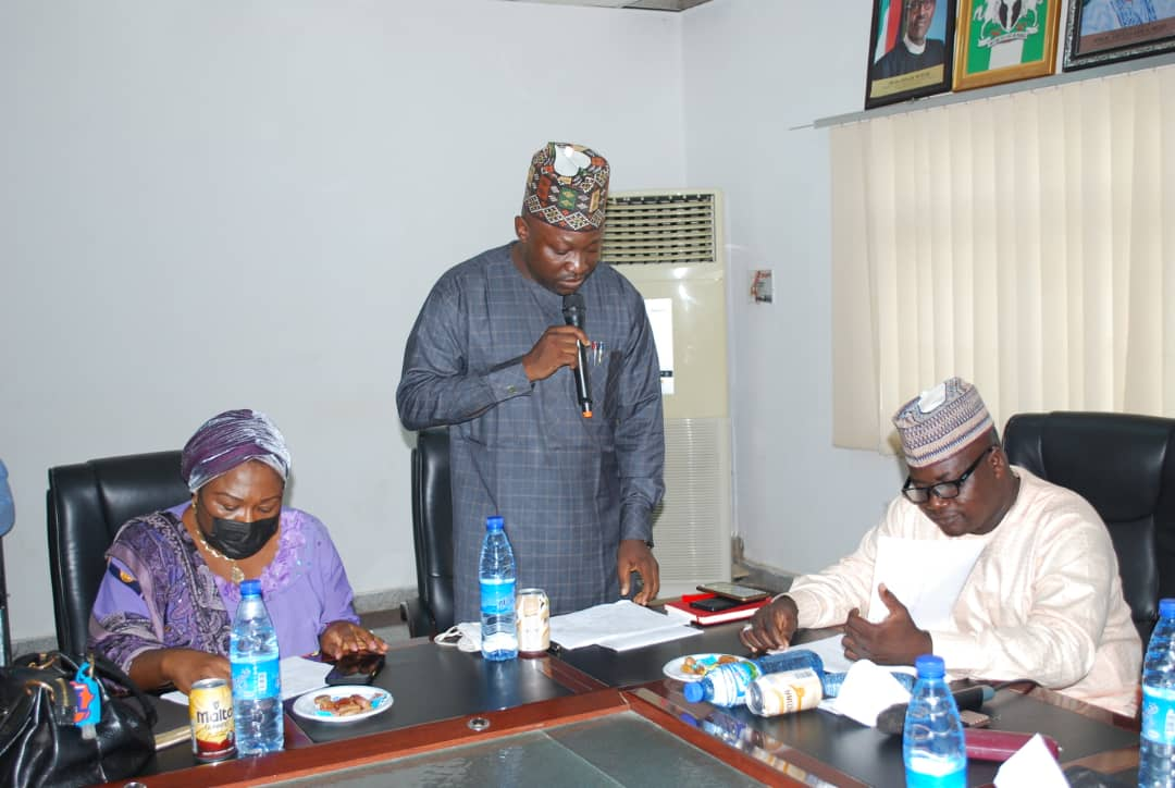 Standing in the middle is Hon. (Pharm) Ahmed Baba Yahaya, the Nasarawa Health Commissioner, (R) Hon. Usman Labaran Shafa, the lawmaker representing Toto/Gadabuke constituency and Chairman, house Committee on health and other lawmakers during oversight function in Lafia